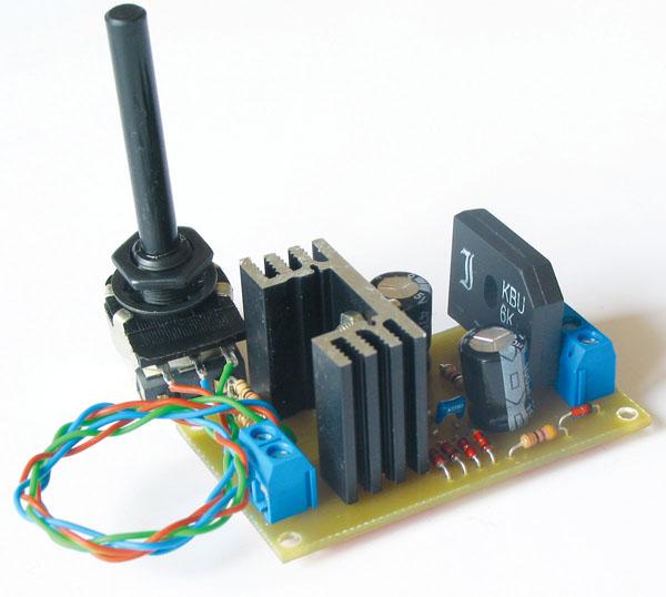 Revija 184 184 41 - Napajanje elektronskih vezij II., L200 (18)