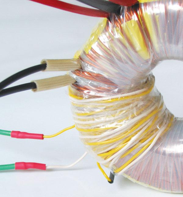 Revija 184 184 41d - Napajanje elektronskih vezij II., L200 (18)