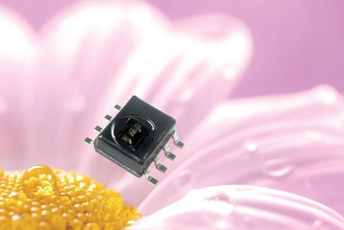 Revija 200 200 19 - Honeywell Humidlcon digitalni senzorji temperature in vlage