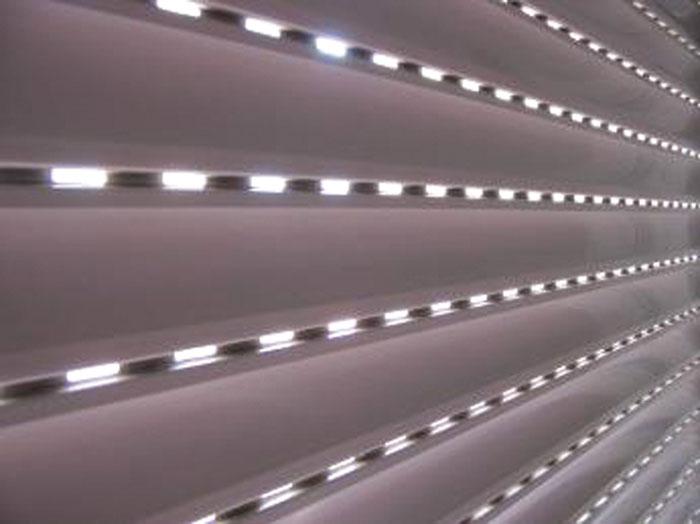 Revija 200 200 34 - Samogradnja krmiljenja okenskih žaluzij