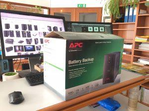 257 5 01 300x225 - Test UPS APC Back-UPS BX1400U-GR 700 W / 1400 VA