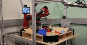 260 06 01 300x156 - Novi roboti predvidevajo svoja bodoča dejanja