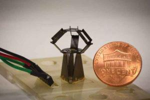 261 05 03 300x200 - Robot v območju milimetra