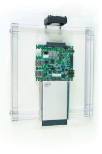 261 33 05 200x300 - Ena za vse - Kartica Intel® Compute Card – zelo majhen osebni računalnik