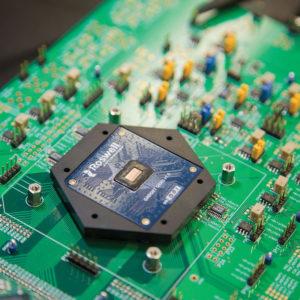 289 05 1 300x300 - Molekularni biosenzorski čipi za raziskovanje bolezni